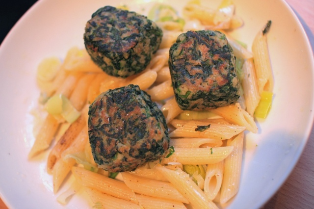 spinach chilli balls